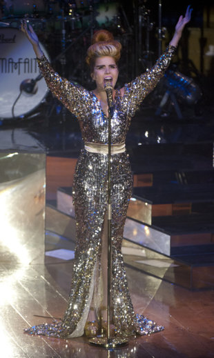 Paloma Faith sparkles in sequin gown for Belfast gig