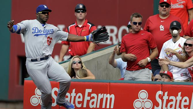 Yasiel Puig leaves game getting hit by pitch