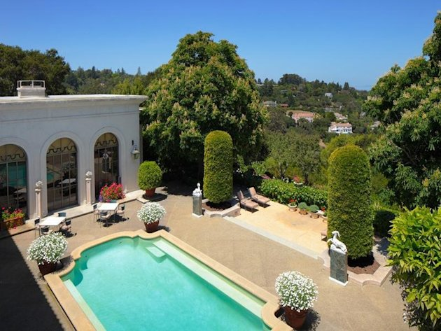 $100 million De Guigné estate comes with quite a contingency view down to pool