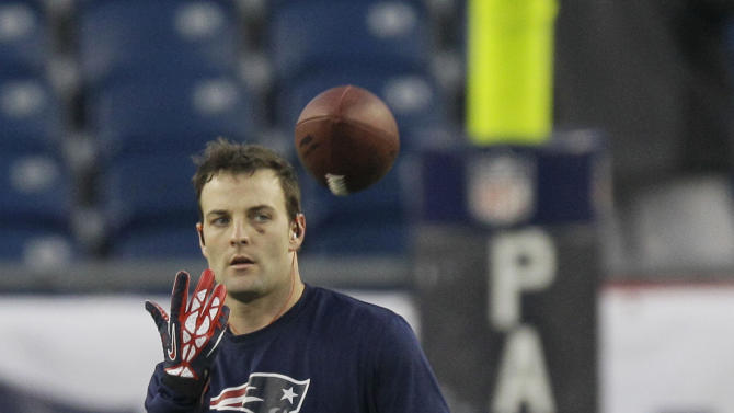 New England Patriots wide receiver Wes Welker makes a catch during warm-ups before the NFL football AFC Championship football game against the Baltimore Ravens in Foxborough, Mass., Sunday, Jan. 20, 2013. (AP Photo/Matt Slocum)