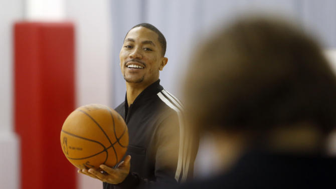 NBA: Derrick Rose Rehabilitation