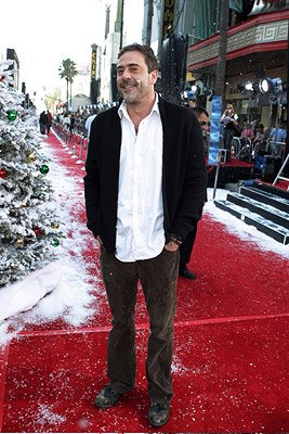 Jeffrey Dean Morgan at the Hollywood premiere of Warner Bros. Pictures' Fred Claus