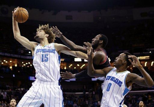 Hornets roll past Trail Blazers, 99-63