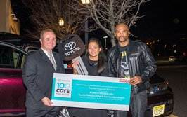 """Darryl """"D.M.C."""" McDaniels Helps Deliver First Vehicle As 100 Cars For Good Concludes Third Powerful Year"""