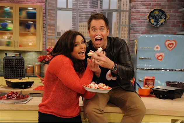 "Michael Weatherly and Rachael Ray enjoy Waffle Week on ""The Rachael Ray Show."""