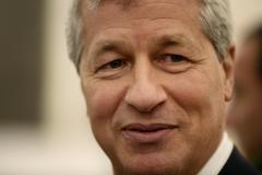 JPMorgan Averts CEO/Chair Split, Bolstering Dimon
