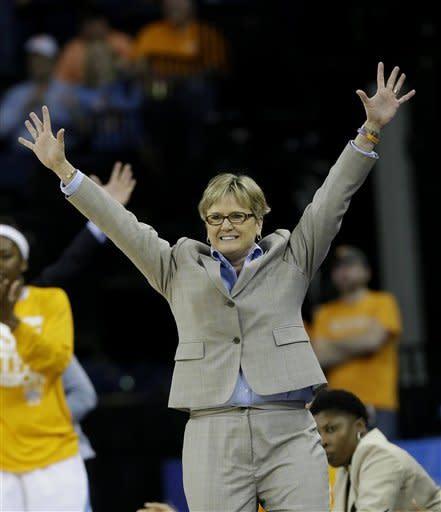 Simmons, No. 9 Lady Vols top Florida 82-73 in SEC