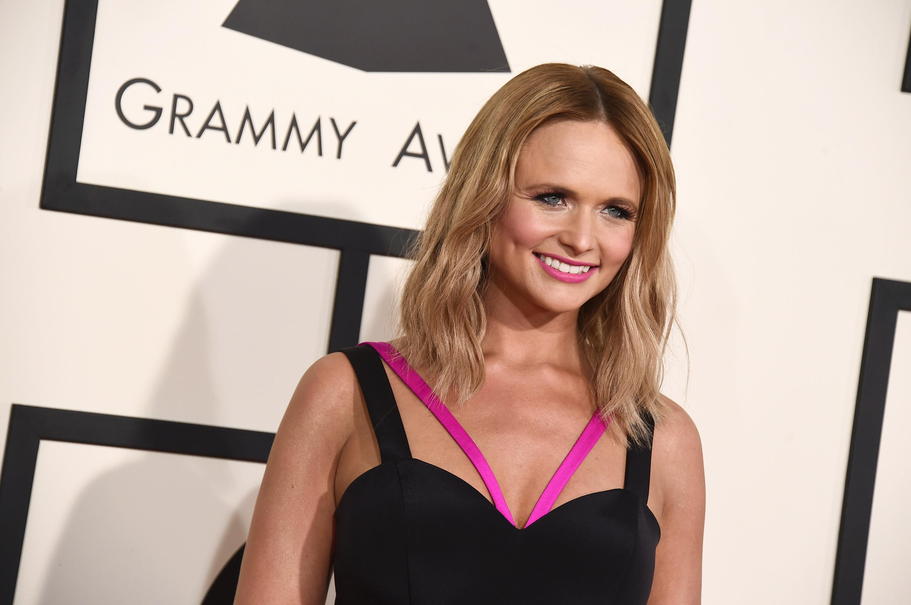 Miranda Lambert: Women in country have to stick together
