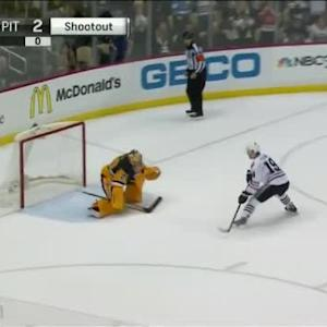 Jonathan Toews Goal on Marc-Andre Fleury (00:00/SO)