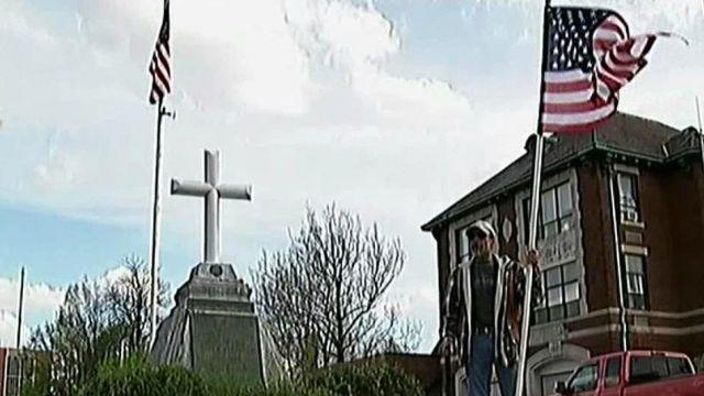 Battle over fallen soldier memorial in Rhode Island