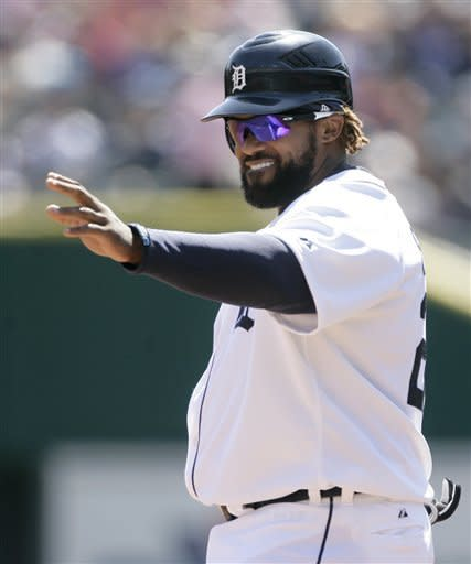 Avila's homer gives Tigers 13-12 win over Red Sox