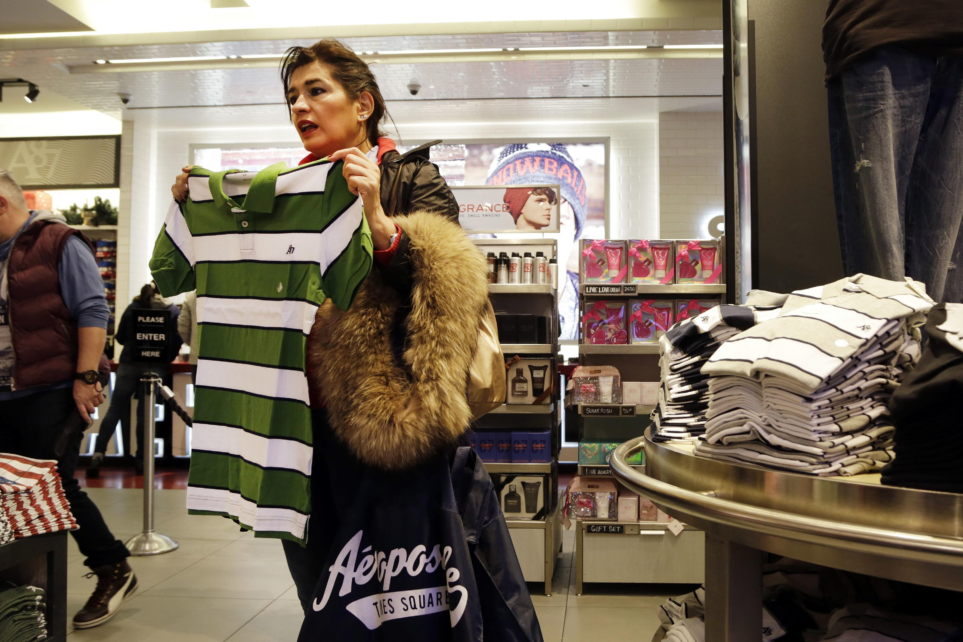 4 reasons why Aeropostale lost its cool with shoppers