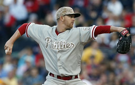Aceves delivers in spot start as BoSox beat Phils