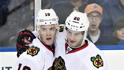 Blackhawks clinch Presidents' Trophy with win