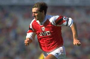 Tony Adams: Arsenal was wrong to sell Van Persie
