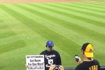 There's a Steve Bartman lookalike at the Cubs' Wild Card game in Pittsburgh