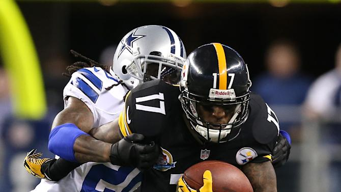 NFL: Pittsburgh Steelers at Dallas Cowboys
