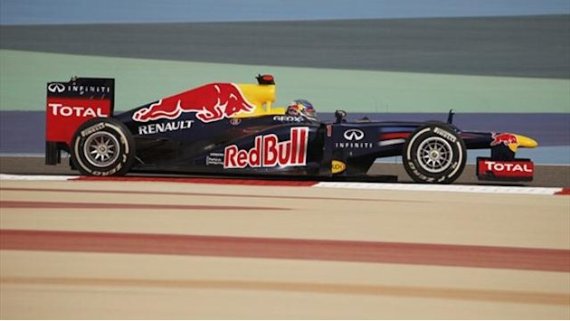 Formula 1 - Vettel edges out Alonso in second practice in Spain