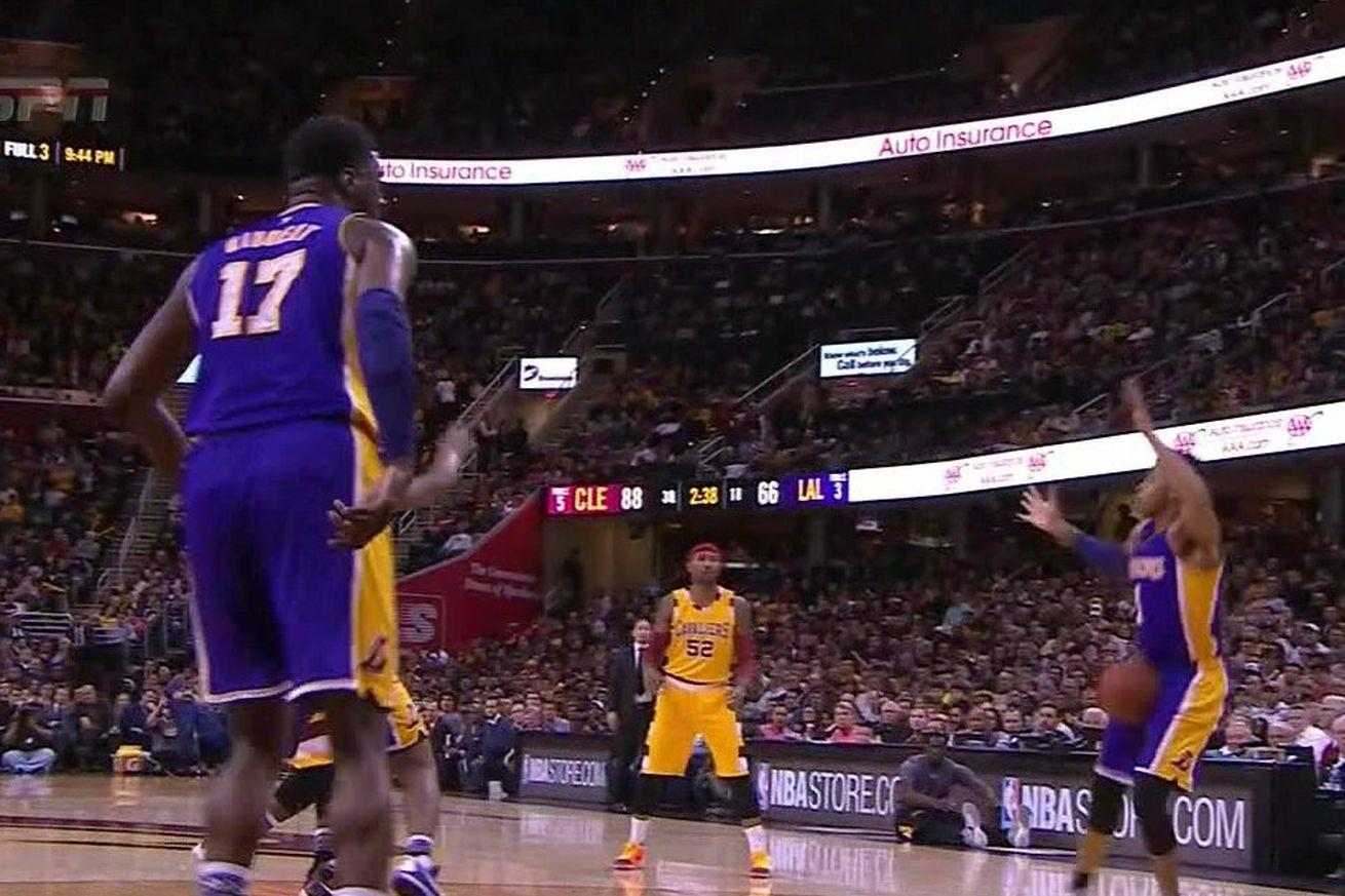 D'Angelo Russell took a laser pass from LeBron James in the worst possible place
