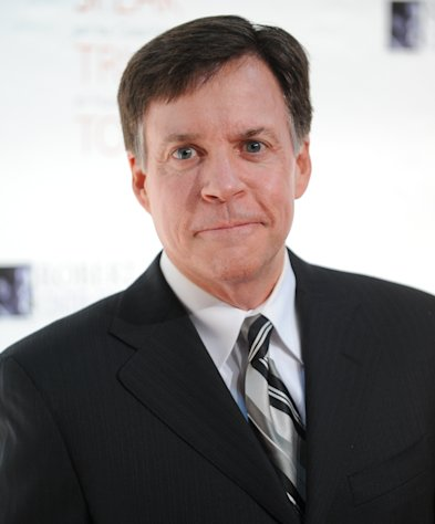 "FILE - This Nov. 17, 2010 file photo shows sports commentator Bob Costas at the Robert F. Kennedy Center for Justice and Human Rights 2010 Ripple of Hope Awards Dinner at Pier Sixty in New York. Costas' ""Sunday Night Football"" halftime commentary supporting gun control sparked a Fox News Channel debate Monday, Dec. 3, 2012, on whether NBC should fire him. The NBC sportscaster, who frequently delivers commentary at halftime of the weekly NFL showcase, addressed the weekend's murder-suicide involving Kansas City Chiefs linebacker Jovan Belcher. (AP Photo/Evan Agostini, file)"