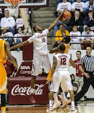 McRae leads Tennessee past Alabama 76-59