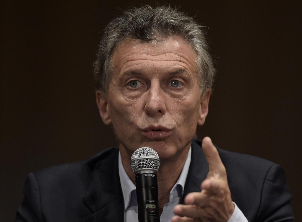 New Argentine leader rallies Mercosur against Venezuela