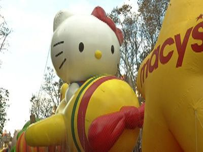 Raw: Macy's Thanksgiving Day parade balloons