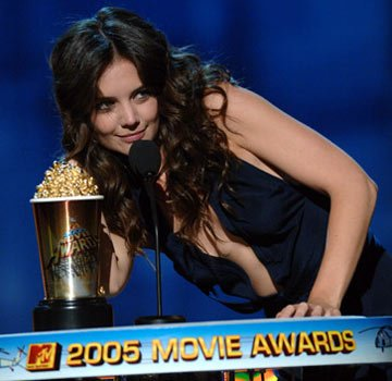 Katie Holmes MTV Movie Awards 2005 - Show Los Angeles, CA - 6/4/05