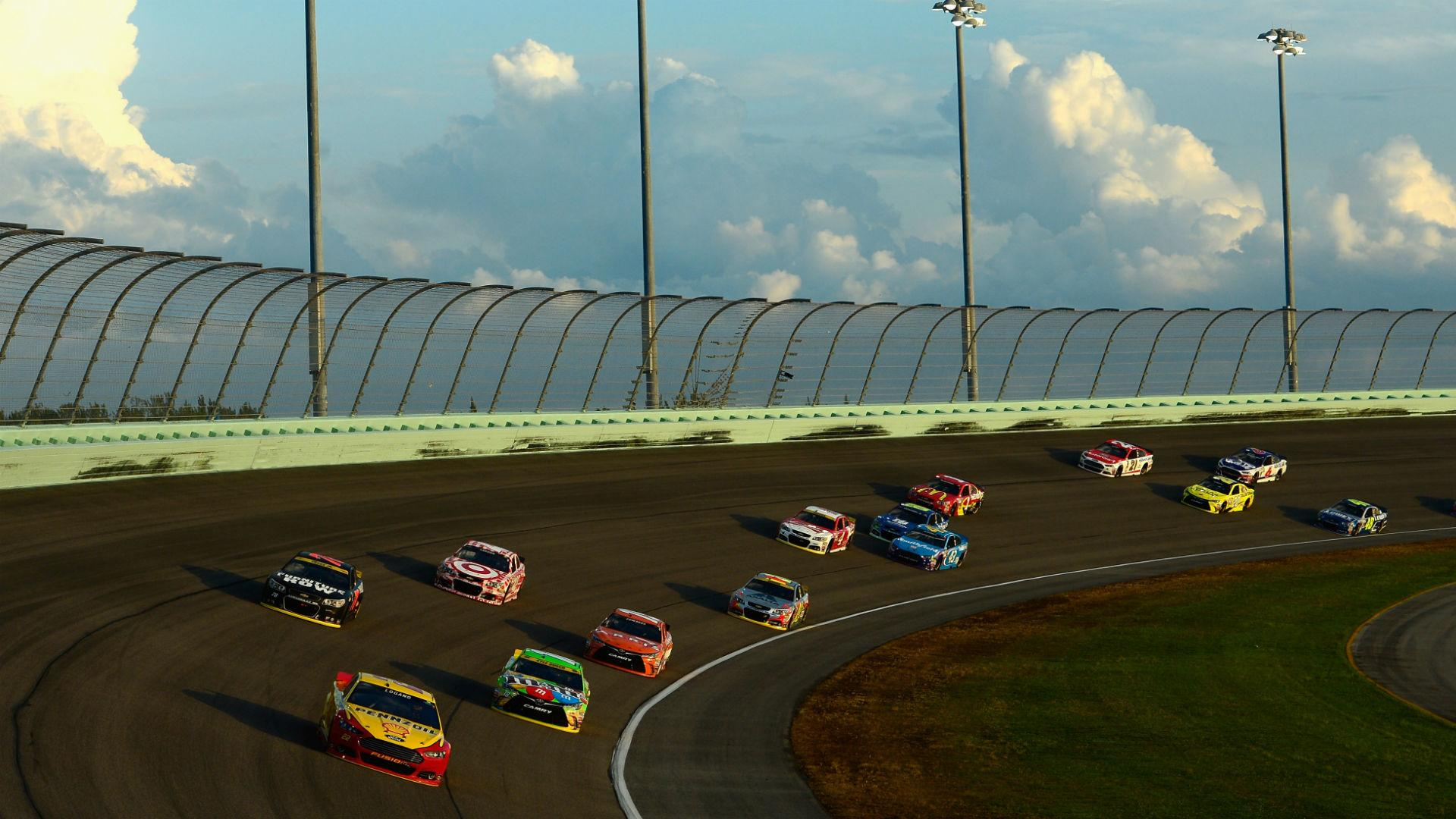 NASCAR reduces car fields, confirms new charter system