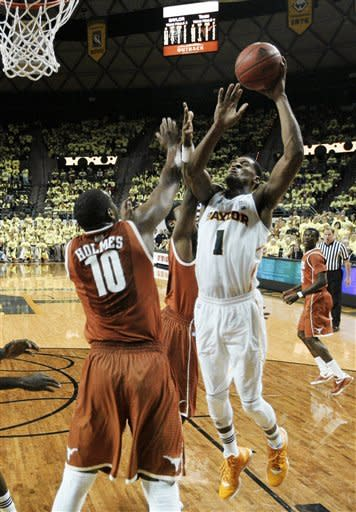 Jones scores 22 to lead No. 6 Baylor over Texas