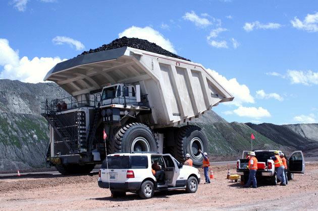 Biggest Truck In The World >> Meet The World S Biggest Truck Techmandra