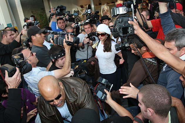 Paparazzi crowding around Britney Spears