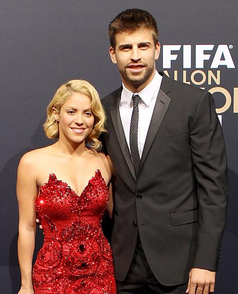"Pregnant Shakira, Gerard Pique ""Definitely Want More Than One"" Child Together"