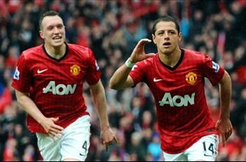 Agent: Javier Hernandez is happy at Manchester United