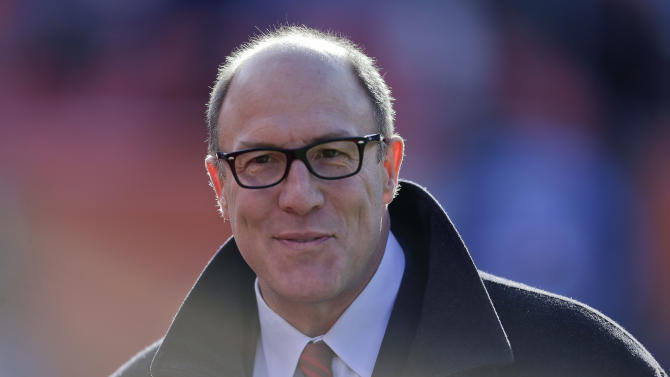 """FILE - This Dec. 30, 2012 file photo shows Kansas City Chiefs general manager Scott Pioli before an NFL football game against the Denver Broncos in Denver. Pioli is out as general manager of the Chiefs. The team announced in a statement Friday, Jan. 4, 2013, that the two sides have """"mutually parted ways"""" after four seasons marked by poor personnel decisions and failed coaching hires.(AP Photo/Joe Mahoney, File)"""