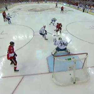Erik Condra goes top-shelf on Reimer