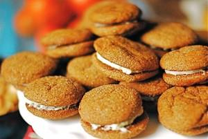 Spice Cookies With Lemon Cream Cheese Filling