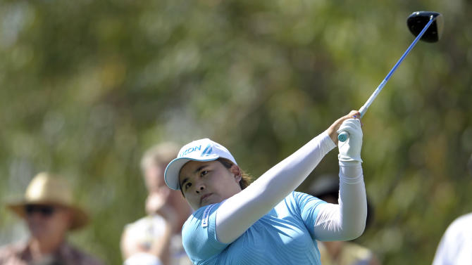Inbee Park, of South Korea, watches her tee shot on the ninth hole during the third round of the LPGA Kraft Nabisco Championship golf tournament in Rancho Mirage, Calif., Saturday, April 6, 2013. (AP Photo/Rodrigo Pena)