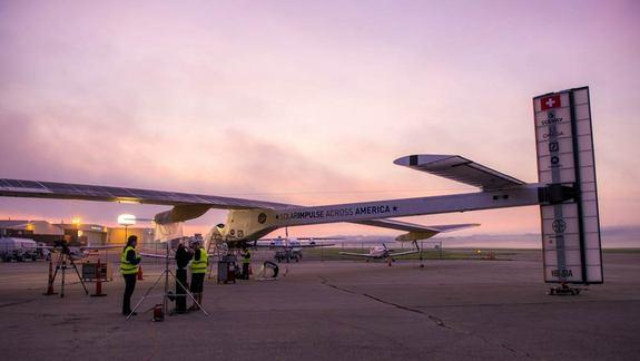 Solar Plane Pioneers Team Up with Google