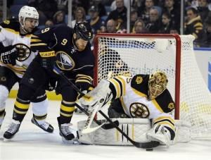 Sabres rally in 3rd for 4-2 win over Bruins