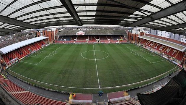 League One - Vincelot pens Leyton Orient deal
