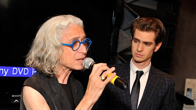 WWO Cocktail Honoring Dr. Jane Aronson with Andrew Garfield