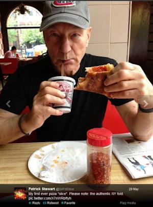Patrick Stewart eats sliced pizza in NYC, May 29, 2013 (photo courtesy of Patrick Stewart/Twitter) -- Patrick Stewart/Twitter