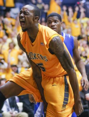No. 3 Wichita St tops Drake 83-54 to go to 29-0