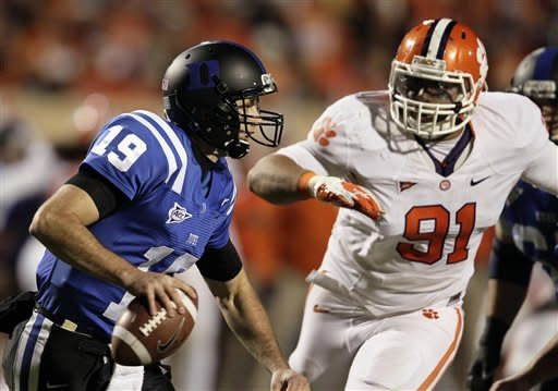 No. 10 Clemson roughs up Duke 56-20