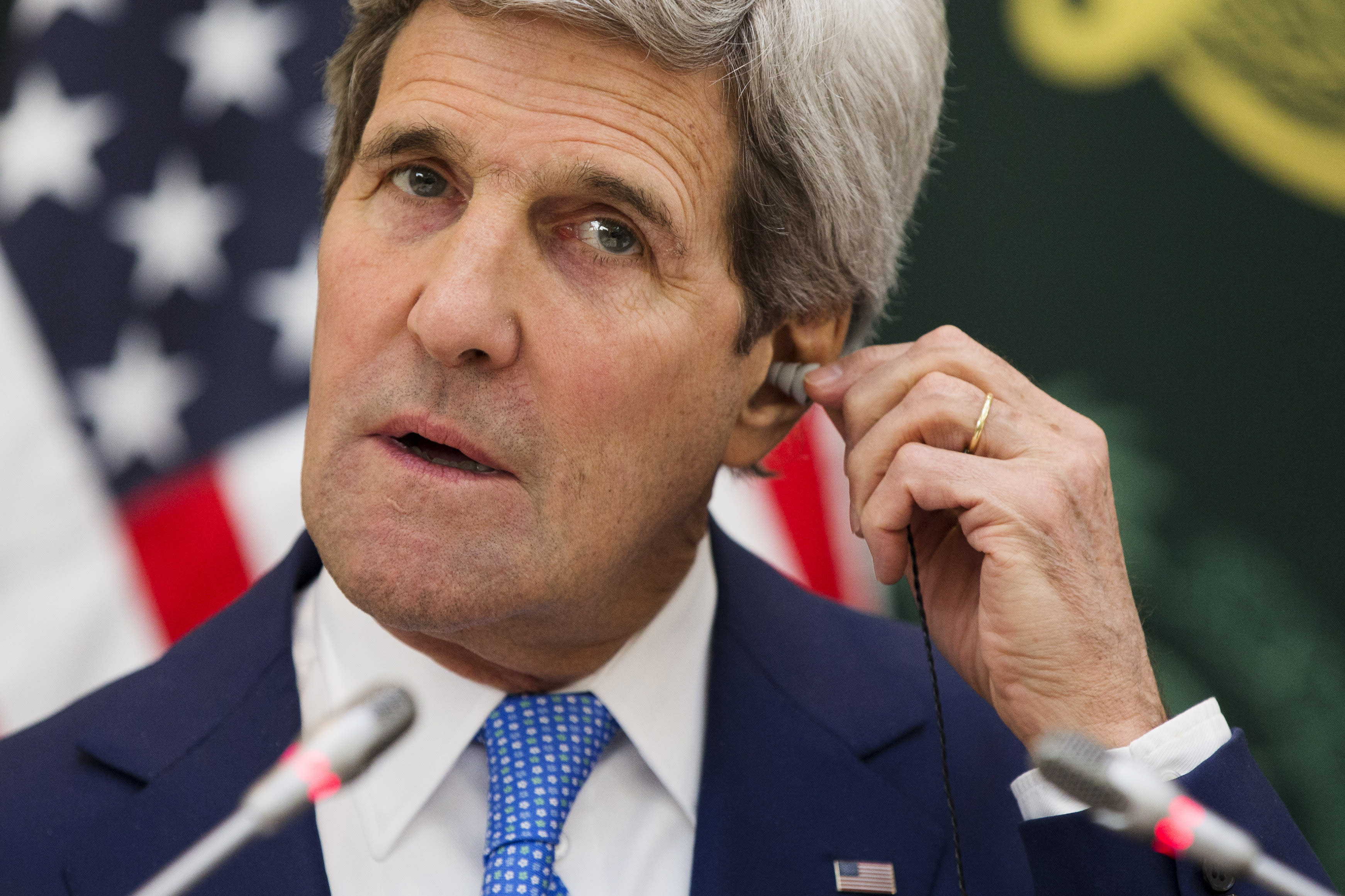 Kerry seeks to ease Arab concerns of Iran deal