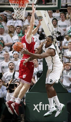 No. 1 Indiana beats No. 4 Michigan State 72-68