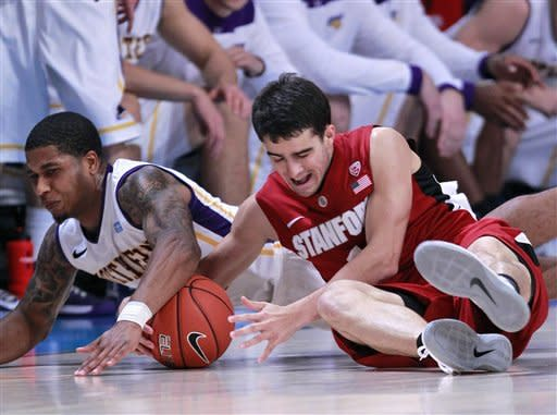 Randle leads Stanford over Northern Iowa, 66-50