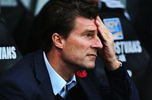 Laudrup's A-list exterior lacking in substance