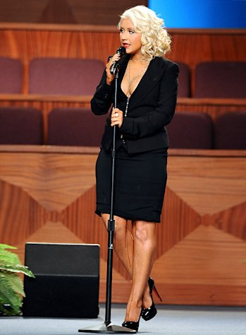"Why Christina Aguilera Looked ""Leaky"" at Etta James Tribute"